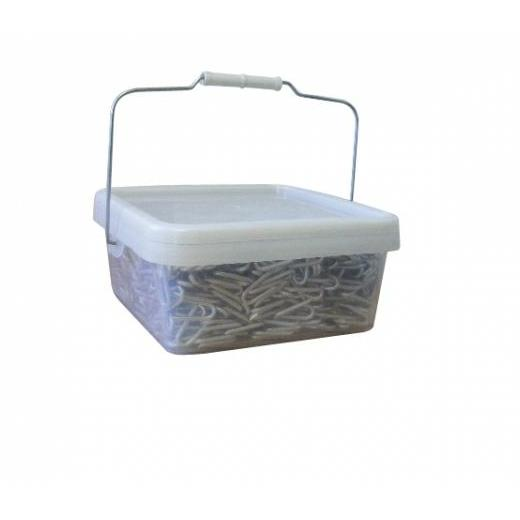 40 X 4MM BARBED STAPLES 10KG TUB